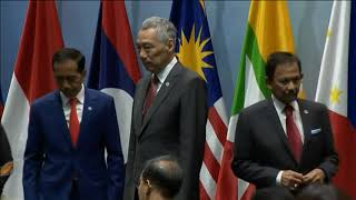16 Nov, 2018: India's Modi attends ASEAN informal Breakfast Summit - ANIINDIAFILE