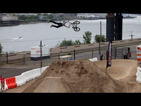 Gatorade Free Flow Tour - 2011 BMX Dirt Finals Highlights - Luke Parker, Luke Bowerman