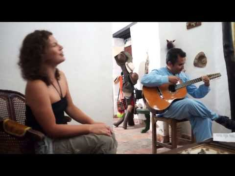 Jenny Bell - Vocal Improv In Zapatoca, Colombia