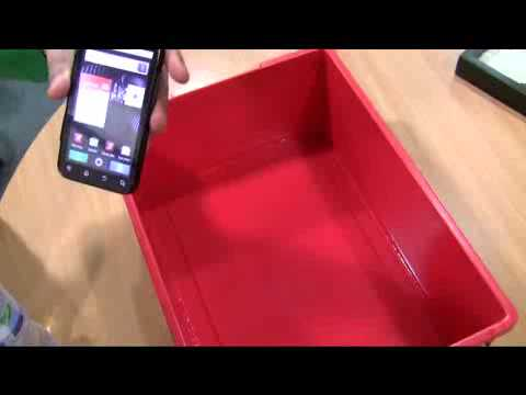 Motorola Defy water and drop test