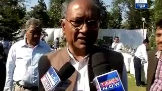 I condemn the attack: Digvijay Singh on ink being thrown at Yogendra Yadav - ABPNEWSTV