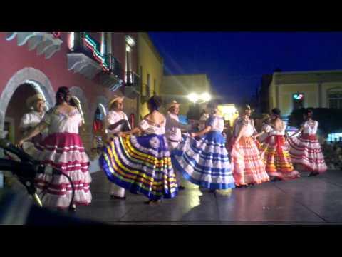 Baile de Oaxaca. El Mezcalito