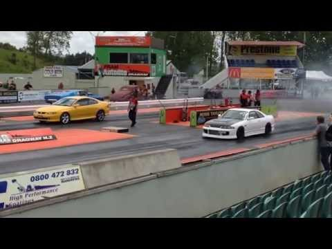 Skyline GTST vs Holden v8