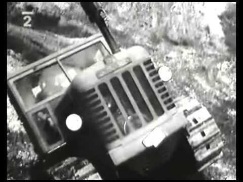 Autoperiskop.cz  – Výjimečný pohled na auta - Zahradní traktůrek. Pásový. Vyrobeno 1956