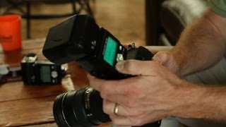 How to Use an SLR Camera Flash : Photography Tips