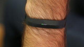 The swim-proof Fitbit Flex 2 is a winner - CNETTV
