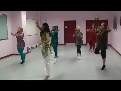 Bhangra - Dhol jageero da (ka) - Bollywood Dance Worldwide (http://www.bollywooddance.org.uk)