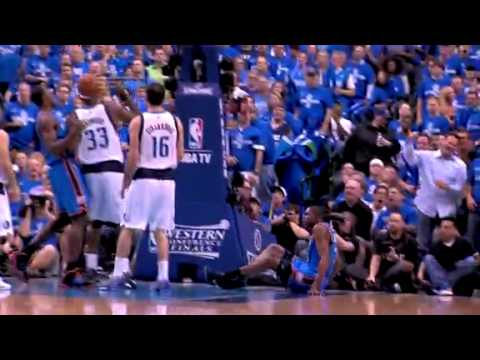 NBA Kevin Durant Monster DUNK Over Brendan Haywood !!! OMG