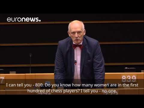 To wystąpienie JKM w europarlamencie wywołało emocje na całym świecie. Korwin - Mikke przekonywał, że kobiety powinny mniej zarabiać, bo m.in. są... mniej inteligentne.