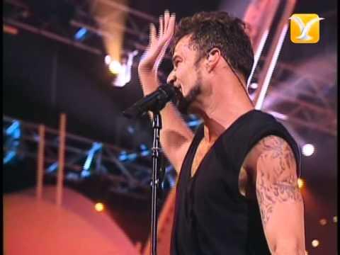 Ricky Martin, Por Arriba, Por Abajo