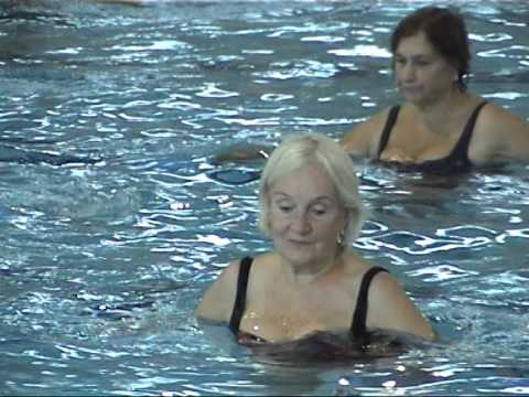 Water aerobics for seniors in Aura Centre