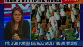 Mumbai Union Minister Prakash Javadekar performs Yoga at Marine Drive on World Yoga Day2018 - NEWSXLIVE