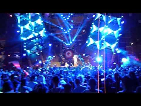 Lady Faith - EDC 2012 - Q-Dance Stage