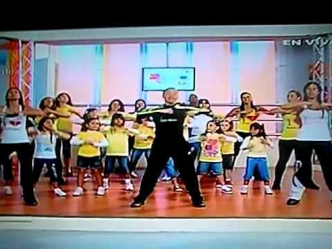 Bailoterapia con niños y su creador Pedro Moreno