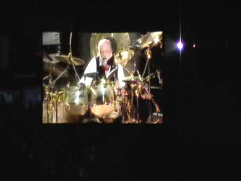 Mick Fleetwood live drum solo