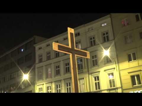 Droga Krzyżowa 2015 -  Stacja XII   Jezus na krzyżu umiera