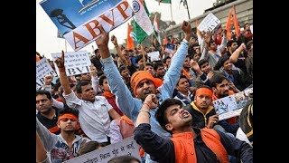 Battle for JNU: Clashes reported, ABVP, Left engage in blamegame - NEWSXLIVE