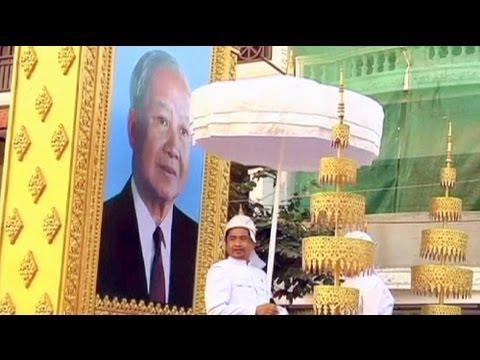 Καμπότζη: Μεγαλοπρεπής κηδεία για τον πρώην βασιλιά