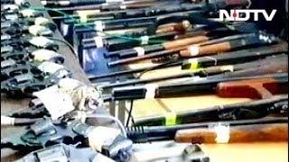 मुंबई में हथियारों का जखीरा बरामद, एटीएस, क्राइम ब्रांच जांच में जुटी - NDTVINDIA