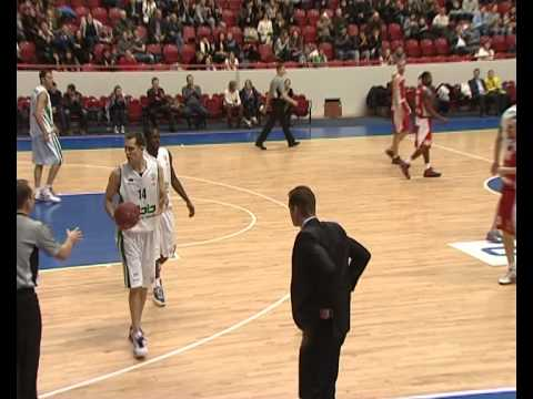 Video: BASKETBALL - is a team game.