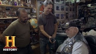 American Pickers: A Cossacks Patch Finds Its Way Home (Season 17, Episode 3) | History - HISTORYCHANNEL