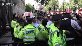 Tommy Robinson's supporters clash with police over his imprisonment - RUSSIATODAY