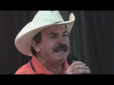 RUAN E LUCIANO NO PROGRAMA DO TITIO DONI NA TV PRESTA HOMENAGENS AS MULHERES MAGRELAS  -  MANUELA -