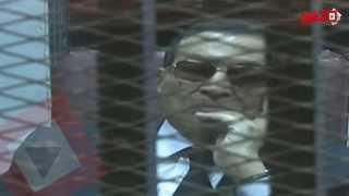 اتفرج| مبارك ونجلاه خلف القضبان بالملابس الرسمية.. وأنصاره: وحشتنا ابتسامتك ياريس