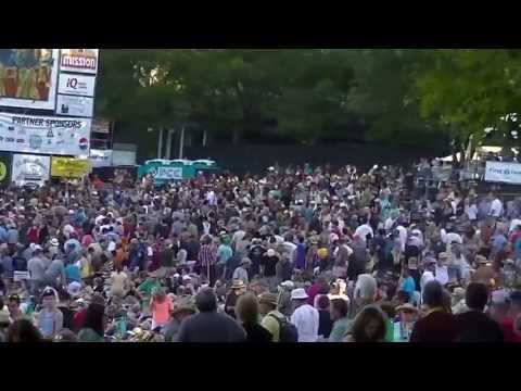 Footage from the Waterfront Blues Festival (Portland, OR)