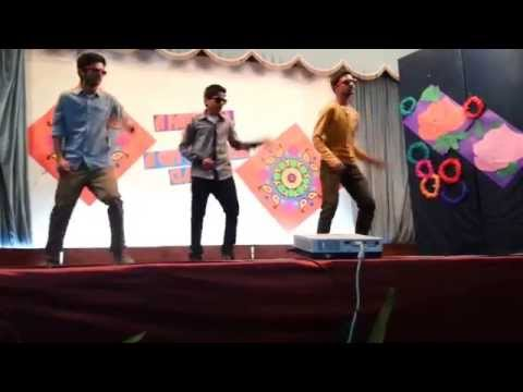 Lungi Dance performance on farewell party 2013 at Fazaia Inter College Nur Khan