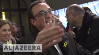 Spain grants bail to arrested pro-independence politicians - ALJAZEERAENGLISH