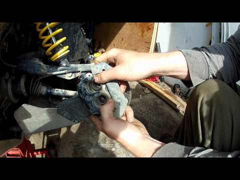 Can-Am Outlander/Renegade Gen2, How to change brake pads