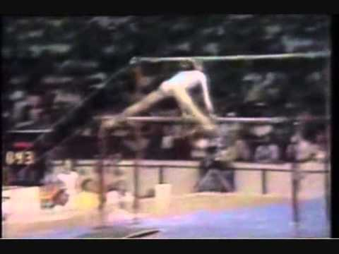 Nadia Comaneci - Road to Perfection