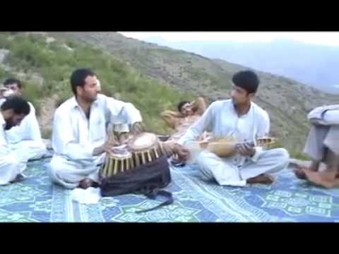 pashto rabab saaz (pashtun are not terrorist they are peaceful )