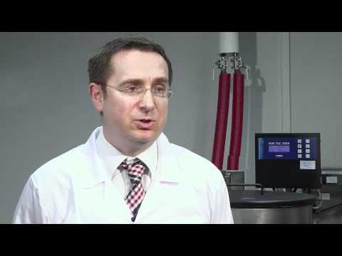 Lekarz Tomasz Baran tłumaczy, jaką pozytywną rolę może odegrać krew pępowinowa w trosce o zdrowie dziecka