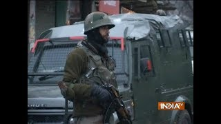 Gunbattle between security forces, militants in Jammu & Kashmir's Baramulla, no casualty so far - INDIATV