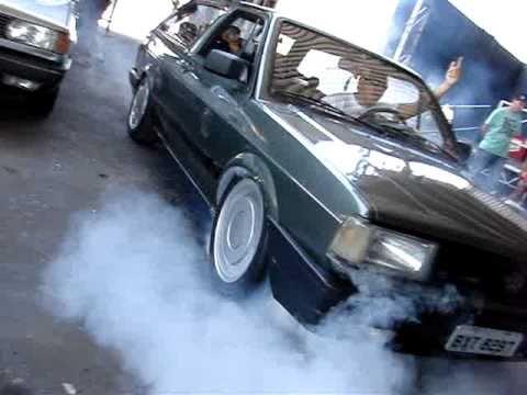 Parati quadrada Fritando pneu - Burnout- Clube do Gol Quadrado Filial Z/O