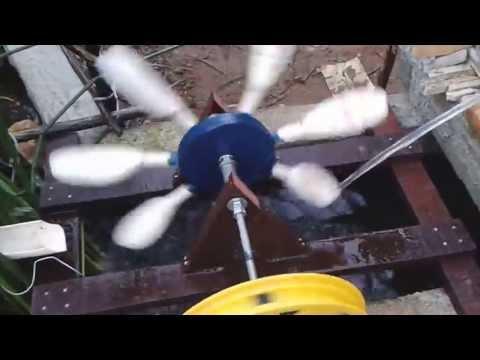 Roda d'água para o seu lago artificial de sitio