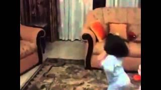 فيديو ابنة جيني إسبر تؤدي رقصتها قبل النوم
