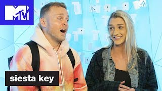 Kelsey Owens of 'Siesta Key' PRANKS 😆 Spencer Pratt on TRL! | MTV - MTV