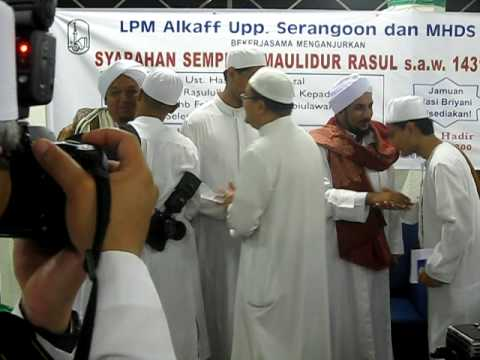 Di 'taman syurga' bersama Ustaz Hasan Saifouridzal dan Al-Habib ali Al-Haddad