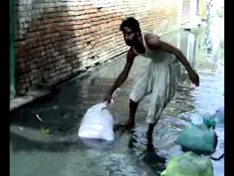 Chronic Sewerage issue in Awami Colony Jampur, Rajanpur2.mp4