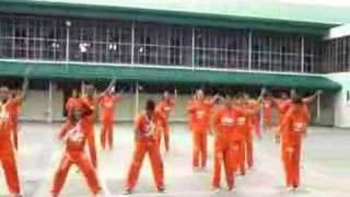 フィリピンのセブ島の刑務所で踊ってくれた「ハレ晴レユカイ」