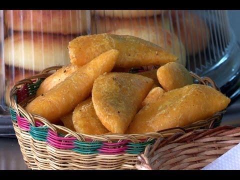Máquina colombiana para hacer empanadas a gran escala obtiene patente mundial