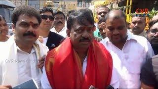 Ram Gopal Varma Visits Tirumala Along With Lakshmi Parvathi | CVR NEWS - CVRNEWSOFFICIAL