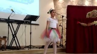 رقصة انا ديك - دنيا سويد