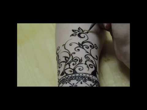 طريقة جميلة لرسم الحناء على اليد