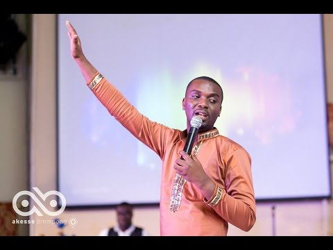 Joe Mettle at Songs in the Night Kumasi Experience