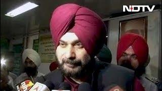 अमृतसर रेल हादसा : घायलों से मिले नवजोत सिंह सिद्धू, कहा- घटना दुर्भाग्यपूर्ण - NDTVINDIA