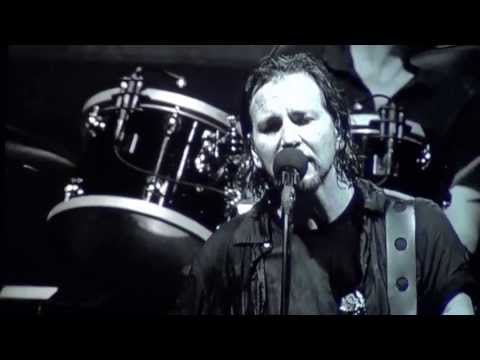 HD - Inside Job - Pearl Jam - Manchester UK